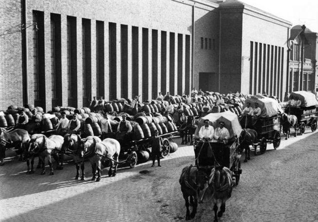 Fuhrwerke der Kindl Brauerei 1933 © Bundesarchiv
