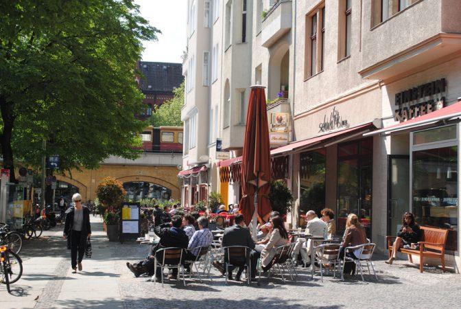 Savignyplatz, Flickr, Oh-Berlin.com, by https://www.flickr.com/photos/oh-berlin/8227205710/