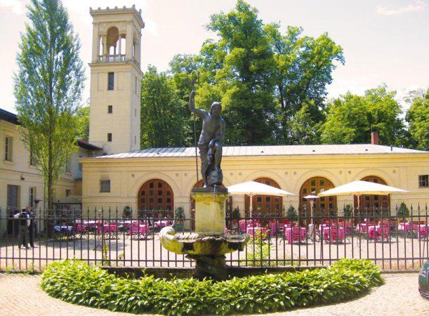 Schloss Glienicke - Terrasse Remisenhof © Laggner Gruppe