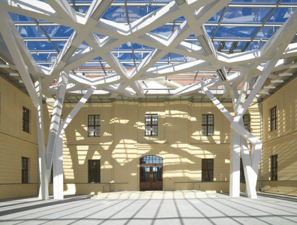 Jüdisches Museum Berlin, Glashof © Jens Ziehe