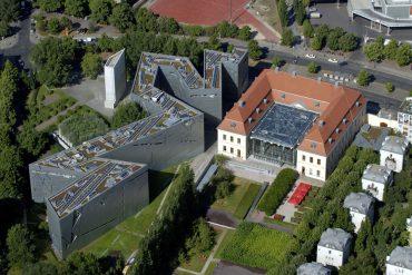Luftaufnahme Jüdisches Museum Berlin, Altbau und Libeskind-Bau © Günter Schneider