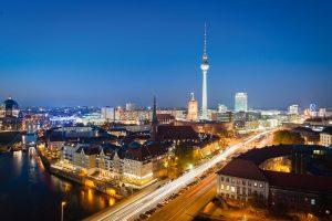 Berlin-Mitte-bei-Nacht_Fotolia-300x200 Berlin Mitte