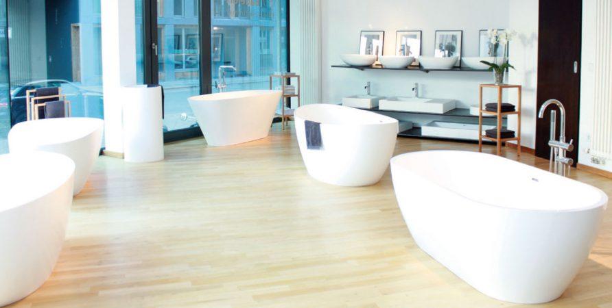 badeloft edle badezimmer exklusiv immobilien in berlin. Black Bedroom Furniture Sets. Home Design Ideas