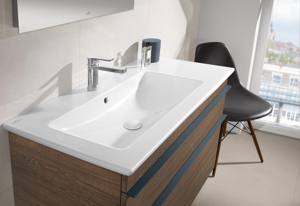 starke holzvarianten für das badezimmer - exklusiv immobilien in