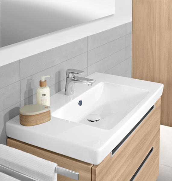 Starke Holzvarianten für das Badezimmer - Exklusiv Immobilien in Berlin