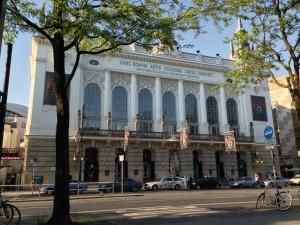 Theater-des-Westens-flickr-300x225 Charlottenburg-Wilmersdorf