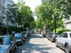 1024px-Berlin-Friedenau_Odenwaldstraße-300x225 Wohnen im Dichter-Viertel in Berlin-Friedenau