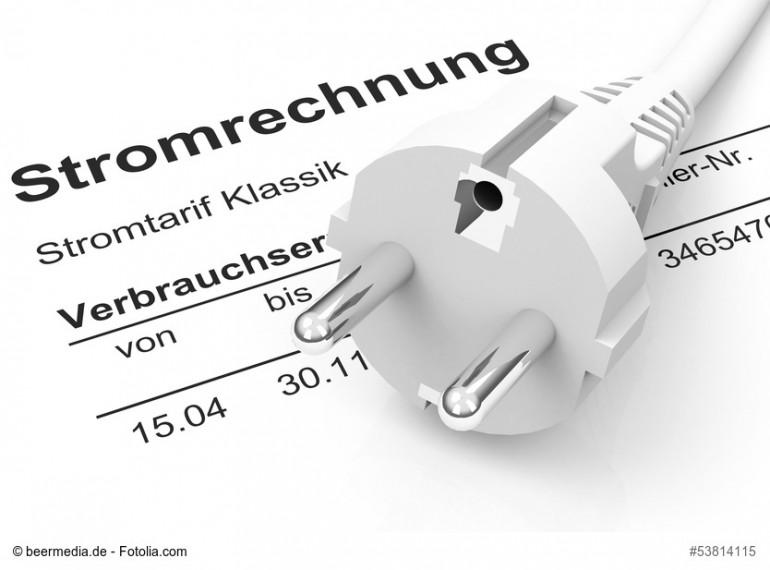 Geld sparen durch einen günstigen Stromanbieter Foto: © beermedia.de - Fotolia.com