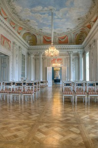 Schloss-Friedrichsfelde-Festsaal-1-200x300 Das Schloss Friedrichsfelde