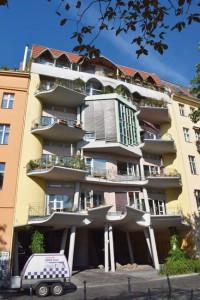 IBA-Fraenkelufer-02-200x300 Verspielter Neubau am Fraenkelufer