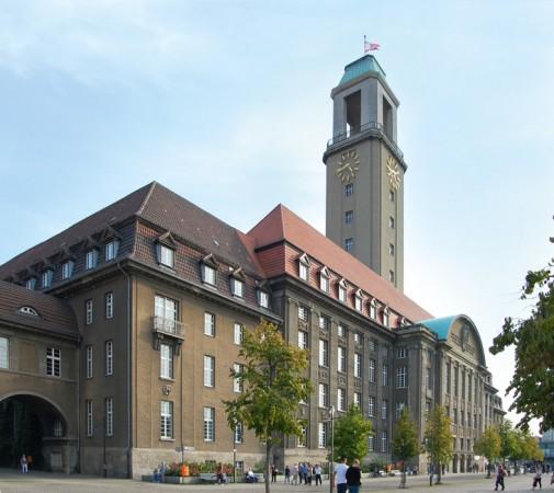 Das Rathaus Spandau wurde zwischen 1910 und 1913 erbaut und steht am südlichen Rand der Spandauer Altstadt © N.Bettac