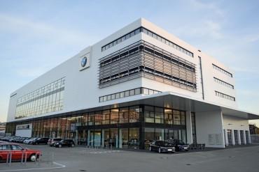 BMW-Nefzger_01