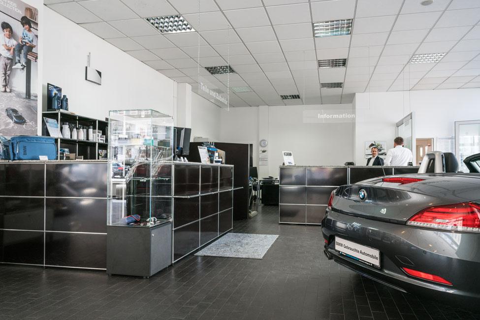 BMW_Nefzger_Spandauer_Damm-26 Elegante Auswahl beim BMW-Partner Nefzger