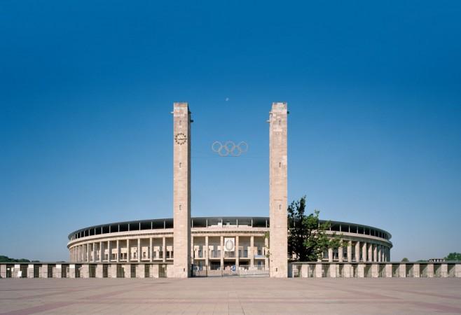 Bei der Planung und Gestaltung des Berliner Olympiastadions waren vor allem die antiken Vorbilder und die Beständigkeit der Steine ausschlaggebend. © Friedrich Busam & Olympiastadion Berlin GmbH