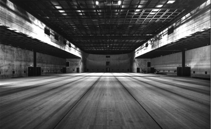 Der Berliner Architekt Jürgen Sawade wandelte das alte Universum-Gebäude unter Wiederherstellung seiner äußeren Form in eines der technisch bestausgestatteten Theater Deutschlands um. © Siegfried Büker