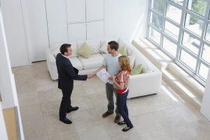 Immobilien-Kapitalanlage-Besichtigung-300x200 In Immobilien investieren