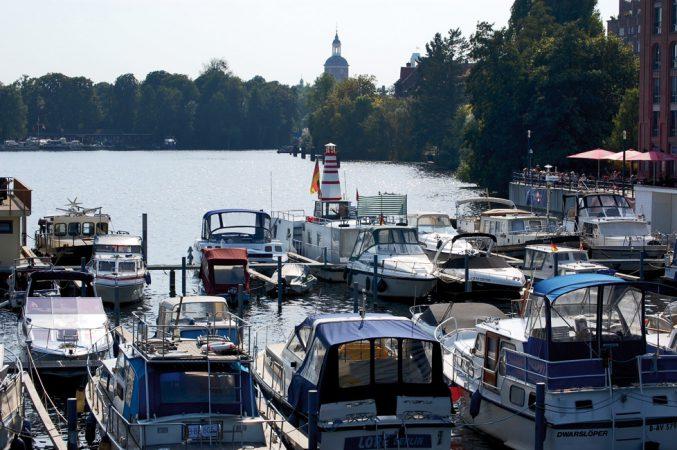 Blick über den Spandauer See Richtung Altstadt © N. Bettac