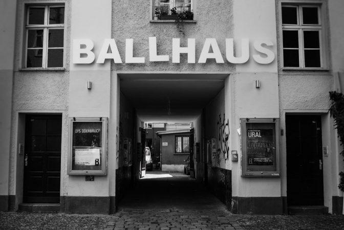 Das Ballhaus Ost im Prenzlauer Berg ist heute ein Theatersaal © Benjamin Griebe Lizenz: CC BY-NC 2.0