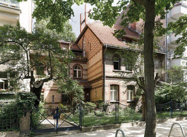 Zahlreiche Bauten wurden in den vergangenen Jahren aufwendig saniert und stehen unter Denkmalschutz. © Project Immobilien Wohnen AG