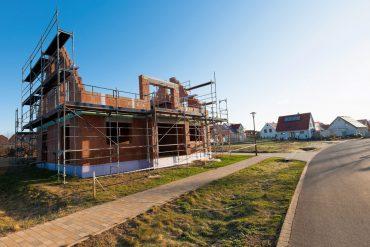 Wird ein Bauvertrag vorzeitig beendet, führt das oft zu erheblichen Problemen und Streitigkeiten. © Superingo / Fotolia.com