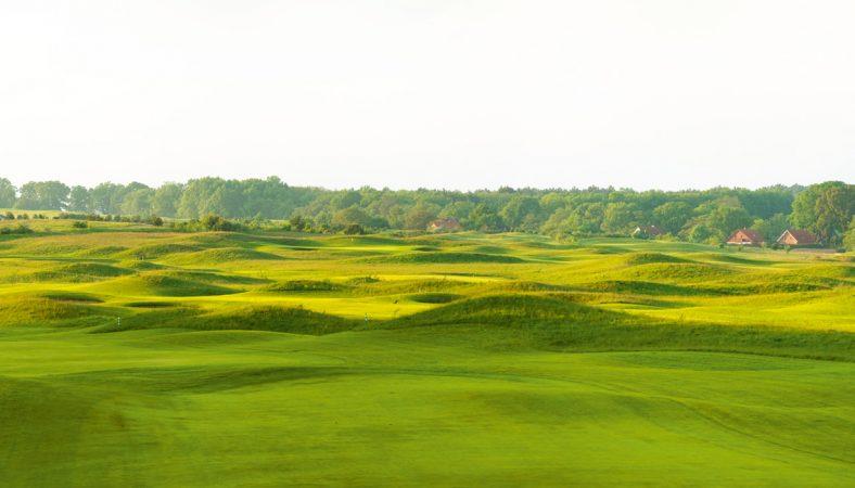 Das Resort mit 63-Loch Golfplätzen nimmt eine einzigartige Stellung in der Region ein. © Stefan von Stengel / A-ROSA Scharmützelsee
