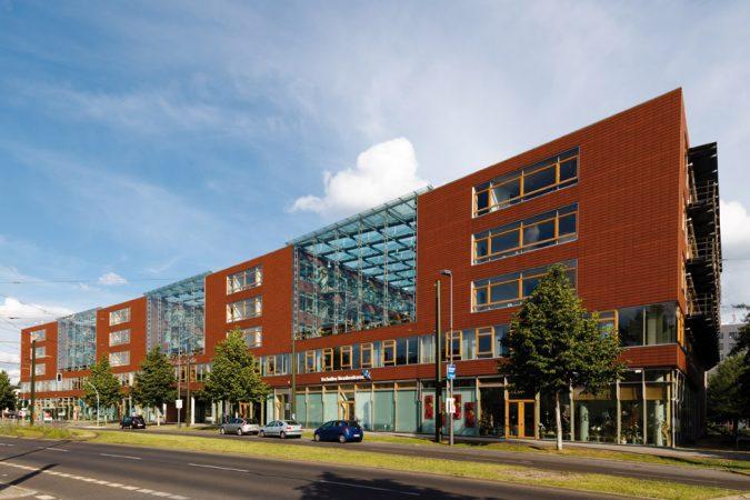 In deutschlands modernstem Technologiepark WISTA sind auch sechs Institute der HU Berlin ansässig.  • Foto: Sebastian Rittau • Lizenz: CC BY 2.0