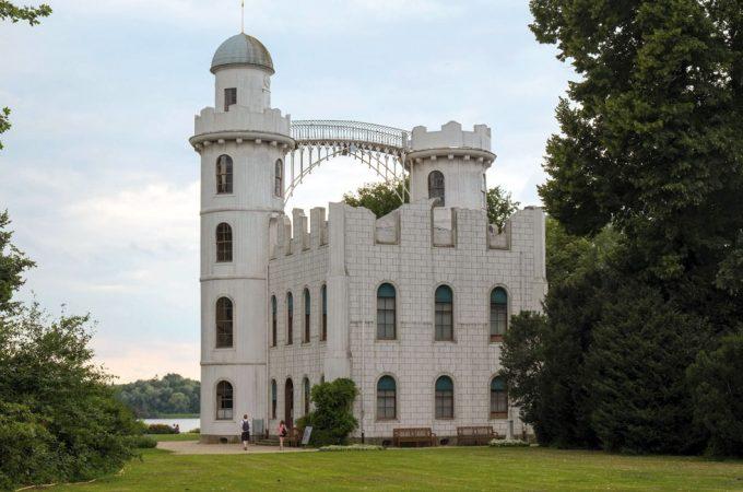Schloss Pfaueninsel  Foto:  Benjamin Garrett  Lizenz: CC BY 2.0