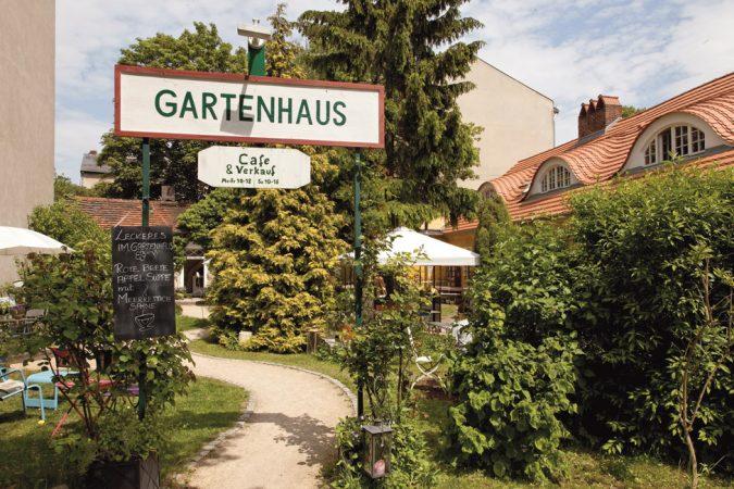 Cafés und Restaurants bieten  in Zehlendorf Gaumenfreuden  für jeden Geschmack.  © PROJECT Immobilien Wohnen AG