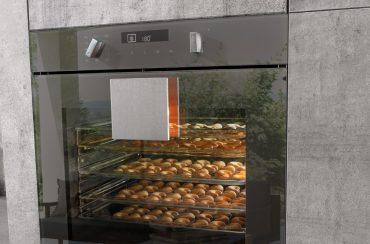Multitalente Einbaubacköfen: Dieses Modell mit extragroßen Garraum, 11 Backofenfunktionen (u.a. Pizzastufe, Eco, Großflächen-, Singlegrillen und Auftauen), 3fach-Teleskopauszug und einer hydrolytischen Selbstreinigung. © AMK