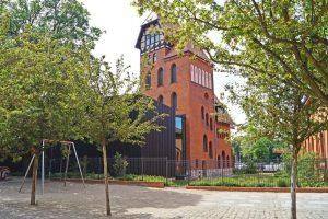 Berliner-Bibliotheken-Treptow-hinten-300x200 Preisgekrönte Berliner Bibliotheken