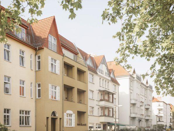 Typische Gebäudearchitektur in Karlshorst © Project Immobilien Wohnen AG
