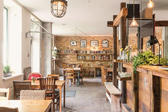 Ein Café in Karlshorst © Project Immobilien Wohnen AG