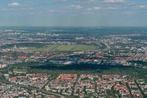 Bezirksvorstellung_Tempelhofer_Feld_Berlin__1090141-300x200 Tempelhof-Schöneberg