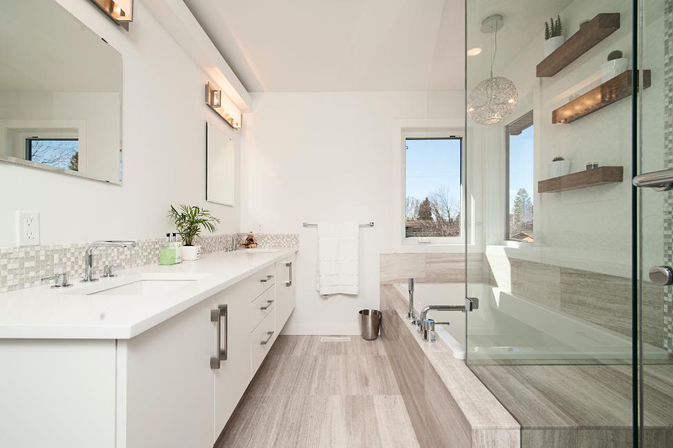 Stimmungsvolles licht im badezimmer exklusiv immobilien in berlin - Licht im badezimmer ...