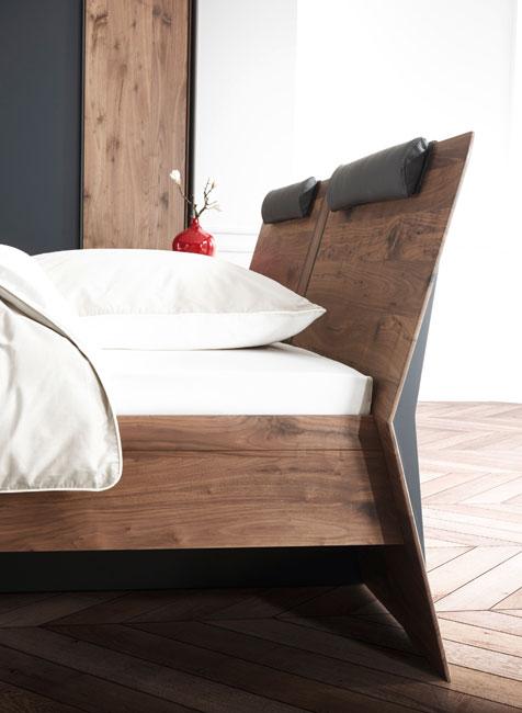 Massivholzmoebel-Bett Massivholzmöbel sind echte Unikate