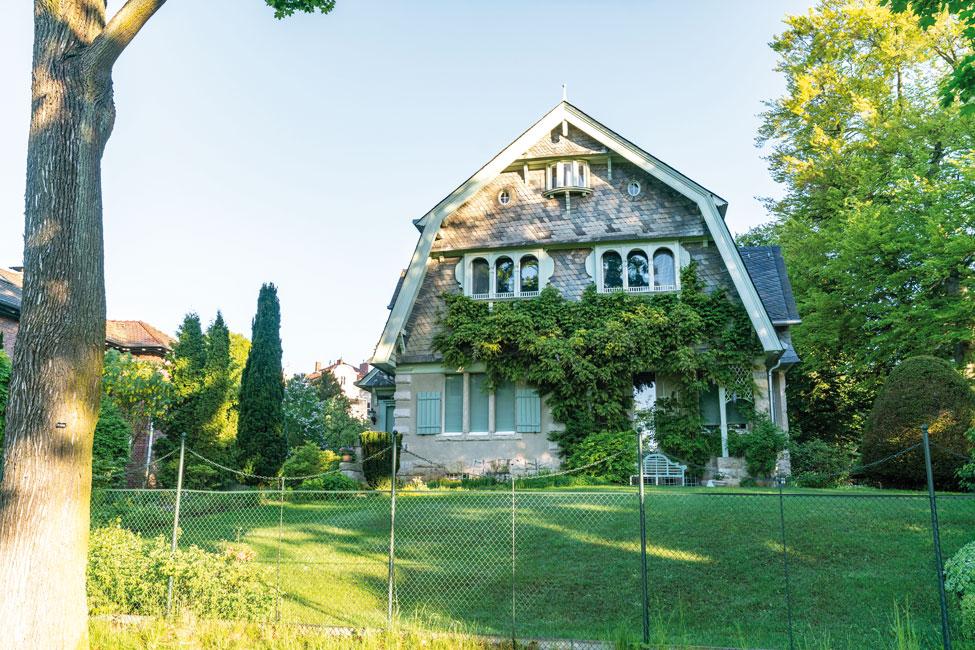 Nikolassee-Haus Nikolassee : Großstadtleben zwischen  altem Baumbestand und Seen