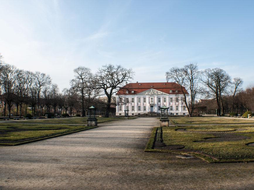 Lichtenberg-SchlossFriedrichsfelde-Fotolia_81490109 Lichtenberg Kein Zentrum,  aber viele Lebenswelten