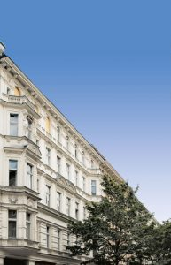 Immobilie-des-Monats_Lausitzer-Quartier-DSC00370_bearbeitet_himmelplus-193x300 Rarität: Gründerzeit-Ensemble in Kreuzberg