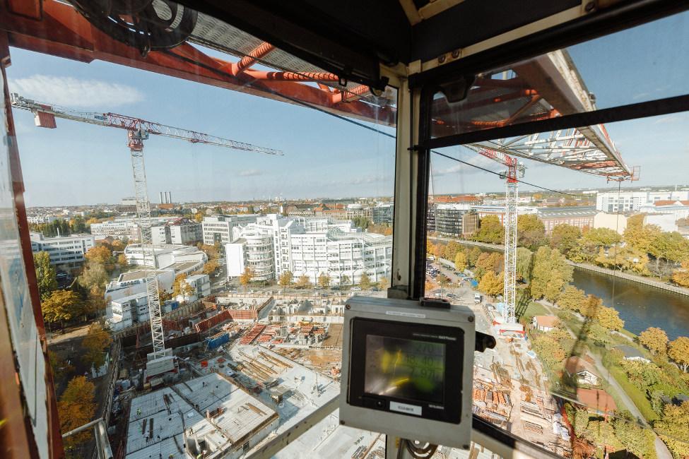 RL00871_1154_s Grundsteinlegung für besonderes Wohnquartier