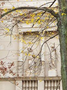 Architektur_RIV-Villa-Ruine-Skulpturen-225x300 Villenkolonie Hirschgarten