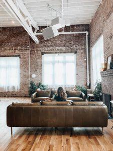 Sonderthema_Penthouse_Lofts_derick-mckinney-zYDMzAuxs9Q-unsplash-225x300 Wohnimmobilien der Extraklasse in Berlin