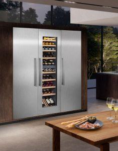 Küche-und-Bad_Foto-1-AMK-PR-Kuehlen-mit-System-235x300 Kühlen mit System und neuen Komfort-Features