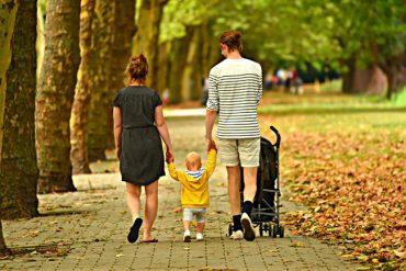 Sonderthema_familienfreundliche Wohnen_woman-3602245_Mabel Amber, still incognito... auf Pixabay