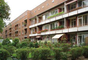 Architektur_Siedlung-Schillerpark_20080715_14995_DSC01940_Siedlung_Schillerpark_Oxforder_Straße_14_bis_4_Rückansicht-300x204 Siedlung Schillerpark