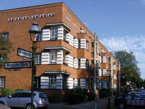 Architektur_Siedlung-Schillerpark_3878478599_6ab3bef81f_o_Englisches-Quartier-Wedding-300x225 Siedlung Schillerpark