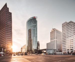 Berliner-Kieze_Bergmannkiez_CB_00561-Panorama_1_korr-300x248 Wohnen im Bergmannkiez