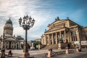 Bezirksvorstellung_berlin-4468906_Valentin-Sonntag-auf-Pixabay-300x200 Berlin Mitte