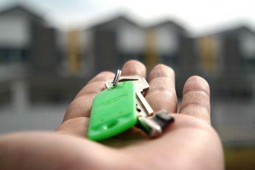Immobilienmarkr-aktuell_Mehr-Eigentuemer_key-2323278_mastersenaiper-auf-Pixabay