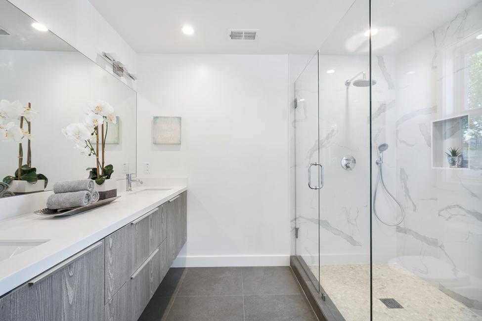 bathroom-3346387Adrien-Villez-auf-Pixabay Einrichtungstipps für ein minimalistisches Bad