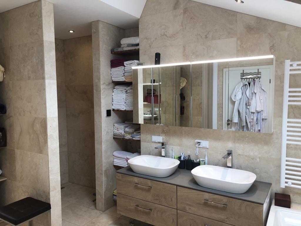 ein weiteres Badezimmer © EXKLUSIV Immobilien Berlin GmbH